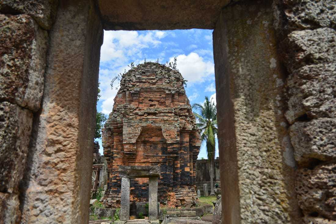 Phnom Chisor what to see Takeo province