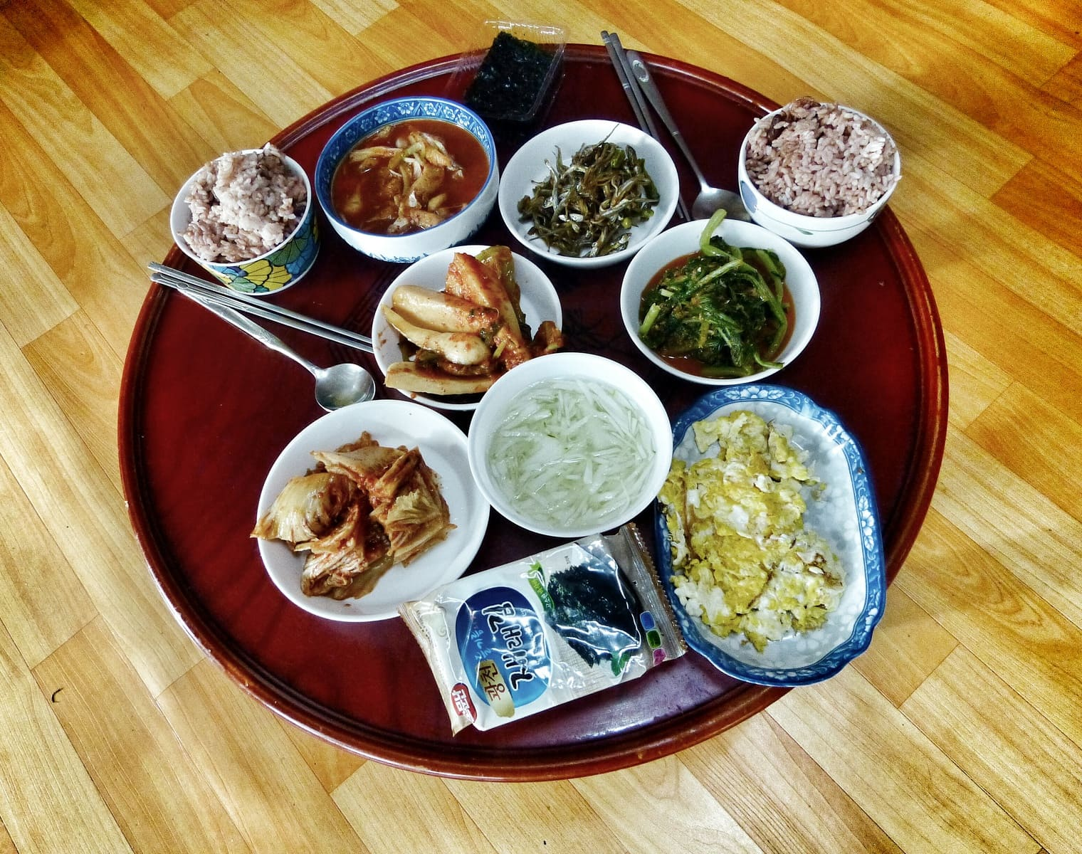 typical Korean house meal
