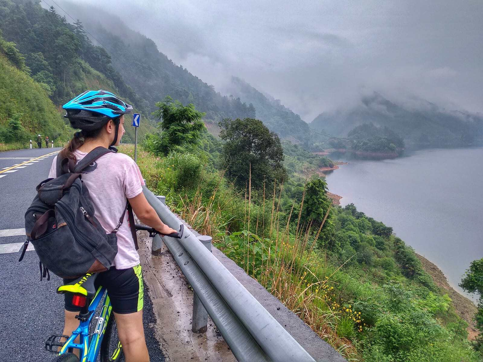 Cycling China - Bicycle Touring Across [Itineraries and Tips] 7