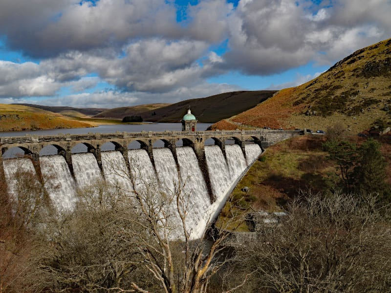 cycling elan valley UK